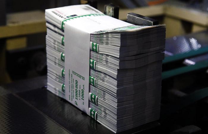 В правительстве задумались о сборе еще 400 млрд рублей налогов