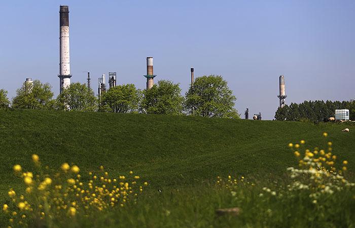 Цена на газ в Европе обрушилась на 11% вслед за нефтью