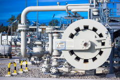 Цена газа в Европе упала ниже $400 за тысячу кубометров