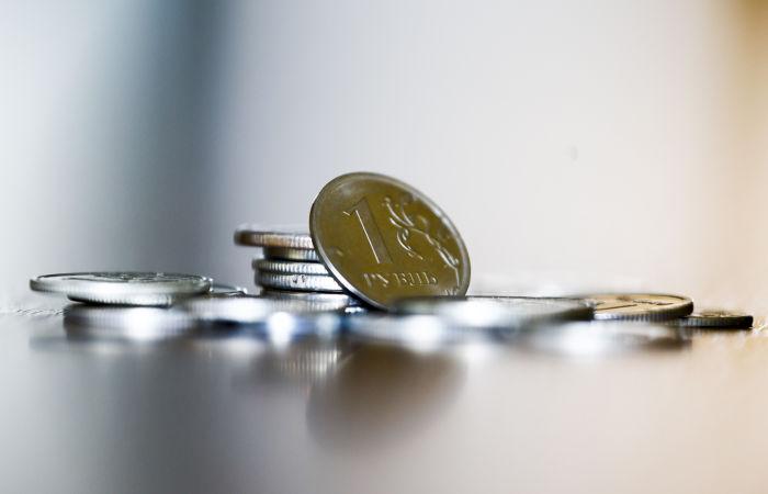 Минэкономразвития изменило прогноз курса с 73,3 до 72,8 руб. за доллар в 2021 году