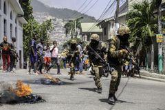 Власти Гаити попросили США прислать войска после убийства президента