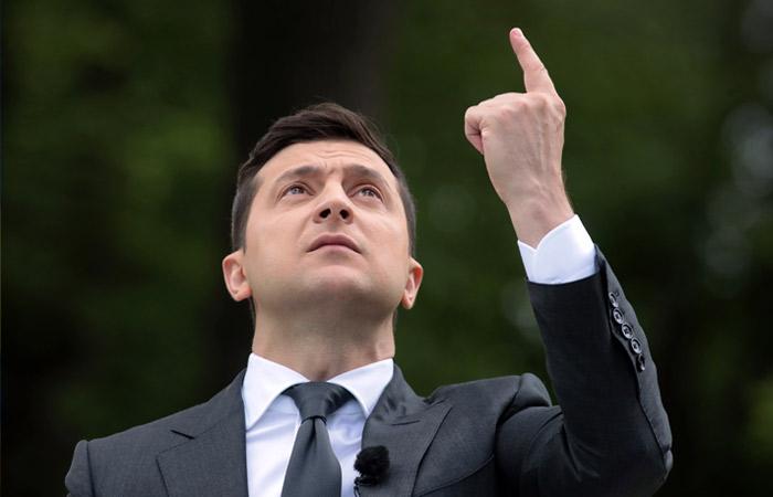 Зеленский намерен ответить на статью Путина об отношениях РФ и Украины