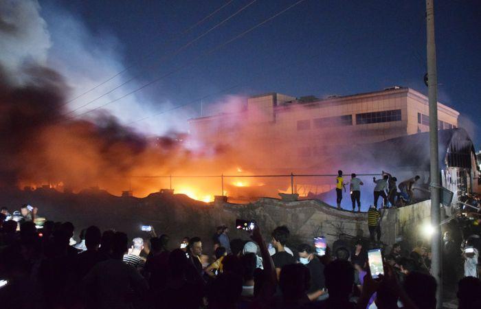 Число погибших при пожаре в госпитале в Ираке достигло 50
