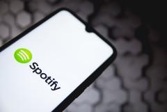 Spotify назвал самых популярных исполнителей по итогам года работы в РФ