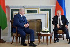 Путин и Лукашенко поручили разработать план противодействия санкциям