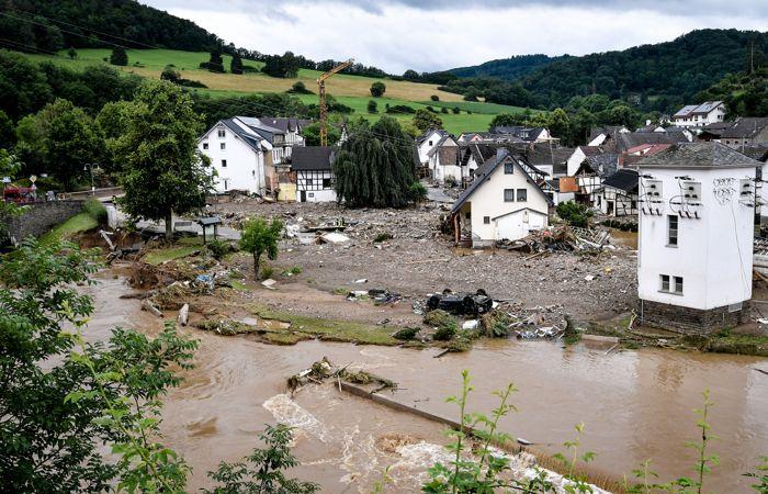 Почти 60 человек погибли в результате наводнений в Германии