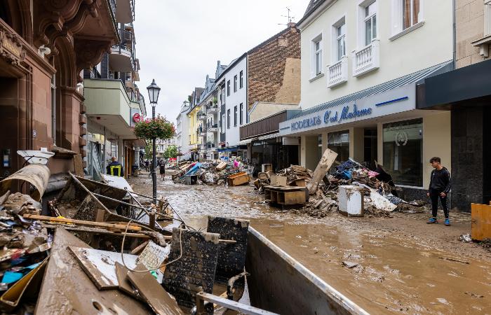 Число жертв наводнений в Германии возросло до 106 человек