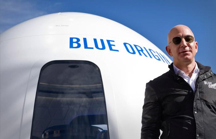 Джефф Безос отправился в космос на ракете New Shepard