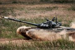 Российские танкисты с 201-й базы в Таджикистане дошли до афганской границы