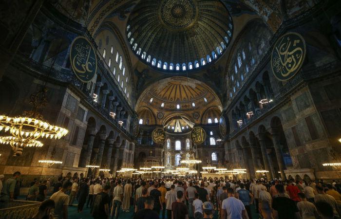 В ЮНЕСКО потребовали от Турции доклада по Святой Софии