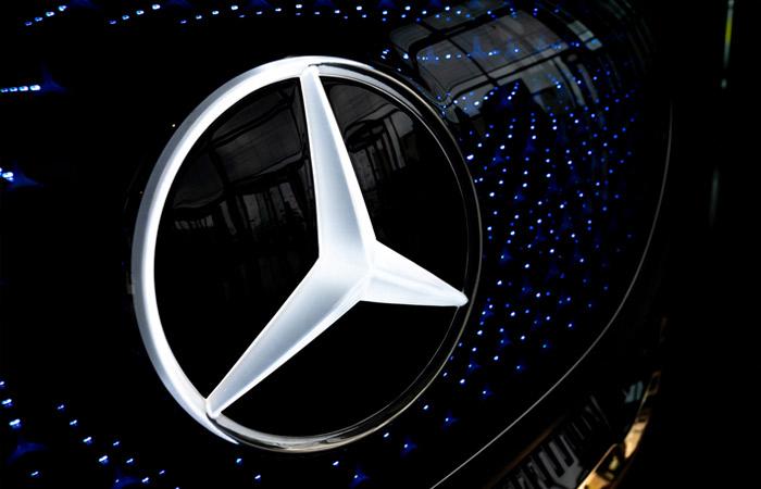 Mercedes-Benz перейдет на выпуск электромобилей до конца десятилетия