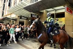 В Сиднее прошли протесты против локдауна из-за COVID-19