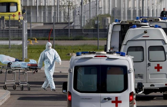 В России зарегистрировали 24 072 новых случая COVID-19 за сутки