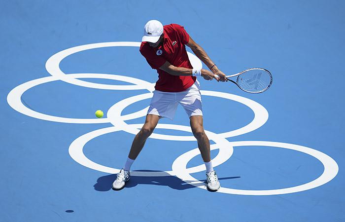 Даниил Медведев проиграл в четвертьфинале олимпийского турнира