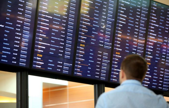 Свыше 30 рейсов отменено в аэропортах Москвы на фоне ливня