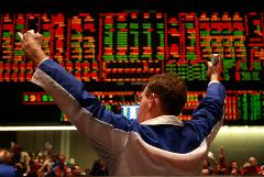 Рынок акций США вырос на оптимизме вокруг отчетов компаний