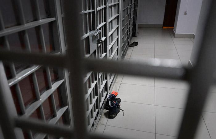 Пять арестантов сбежали из ИВС в Подмосковье с помощью гаечного ключа