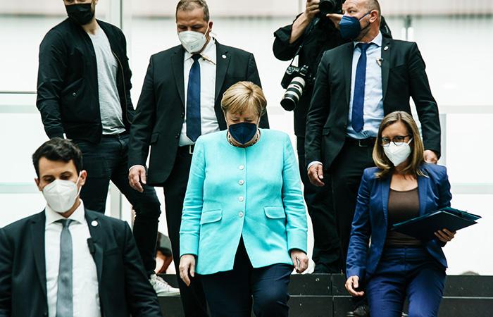 Уходящая с поста канцлера Меркель посетит РФ 20 августа