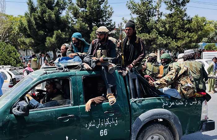 Экс-глава МВД Афганистана опроверг слухи о его назначении главой правительства