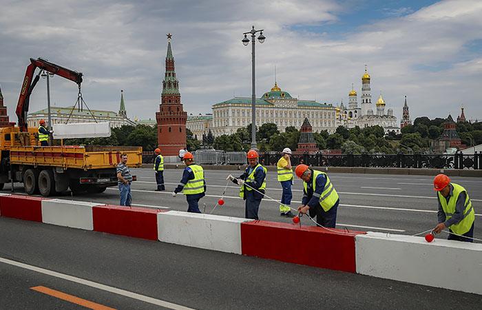 Большой Каменный мост открыли после реконструкции в Москве