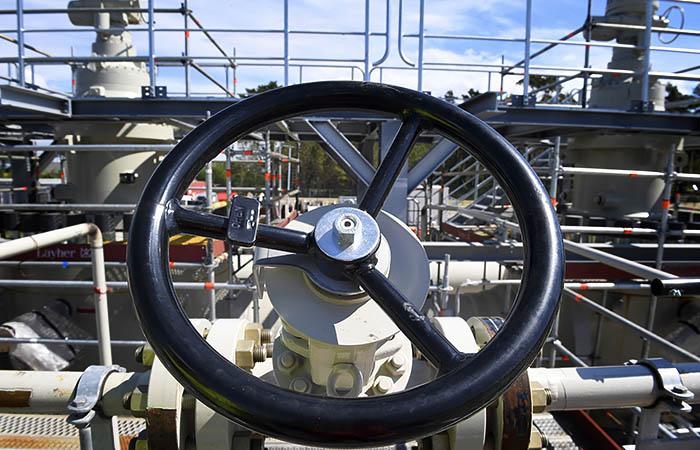"""Цена газа упала в Европе на 10% на ложных данных о получении газа из """"Северного потока 2"""""""