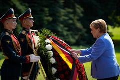 Путин уверен, что визит Меркель будет не только прощальным, но и содержательным