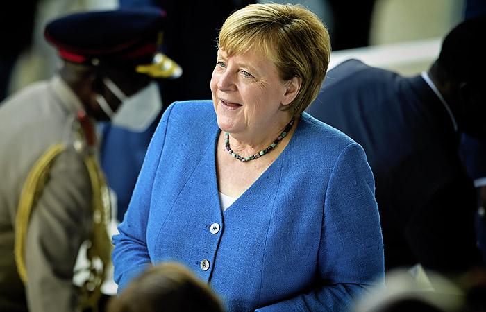 "Меркель согласилась заплатить Афганистану 600 млн евро ""помощи"""