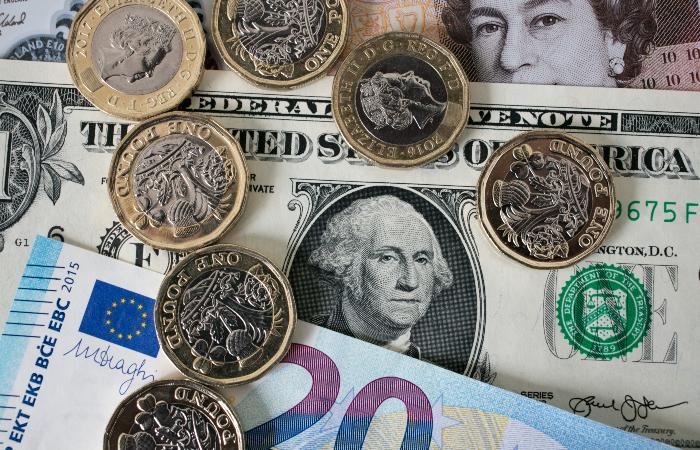 Рынки акций Британии и ФРГ выросли во вторник