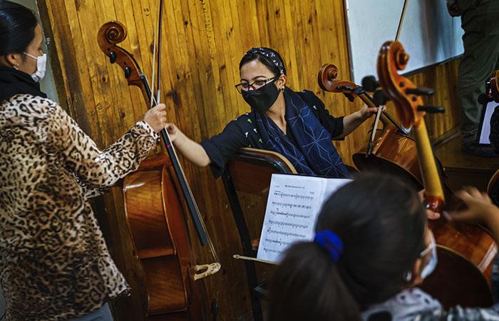 Талибы запретят музыку в Афганистане