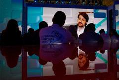 """Сноуден заявил о риске передачи данных пользователей смартфонов властям """"нехороших"""" стран"""