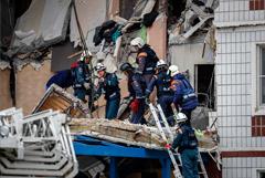 Пять жителей поврежденного взрывом дома в Ногинске не выходят на связь