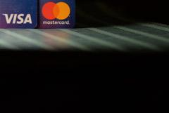 ЦБ не увидел оснований вмешиваться в спор Wildberries с Visa и Mastercard