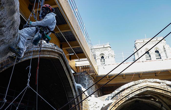 Реставрация собора Нотр-Дам начнется зимой