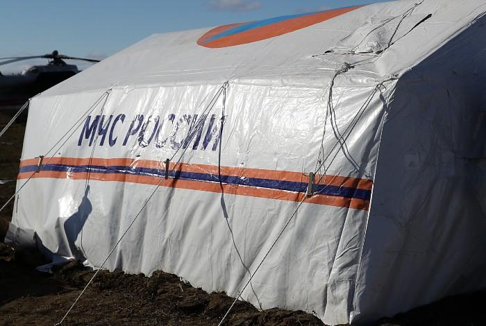 Поиски упавшего в ХМАО гидросамолета остановили до утра
