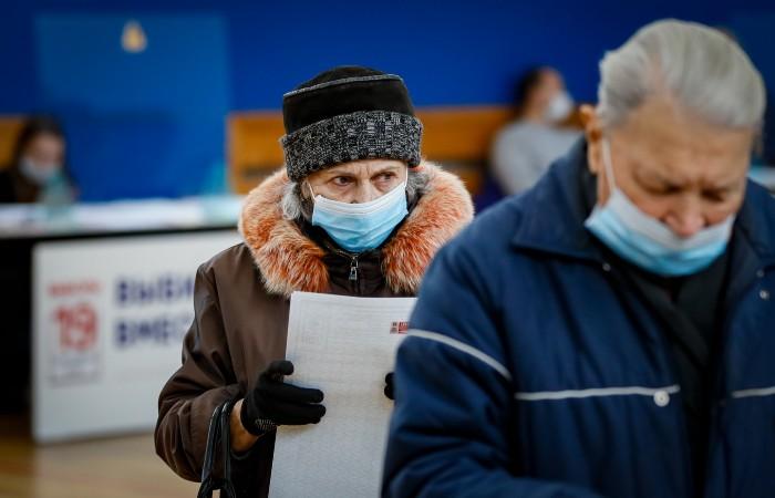 Суммарная явка избирателей в Москве к 15:00 превысила 43%