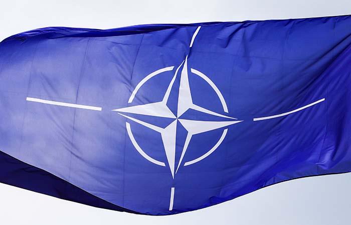 НАТО усилило патрулирование в Косово на фоне обострения там напряженности