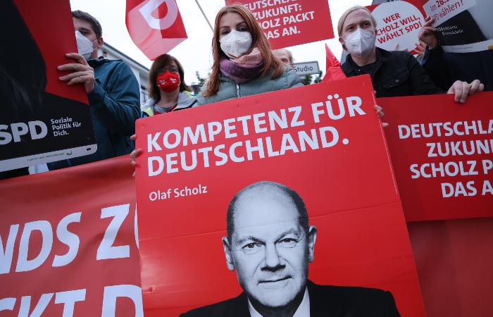 Социал-демократическая партия Германии победила на выборах в Бундестаг