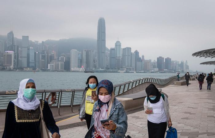 Власти Гонконга объявили о признании всех российских вакцин с 29 сентября