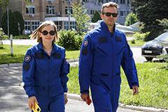 Госкомиссия утвердила актрису Пересильд и режиссера Шипенко к полету на МКС