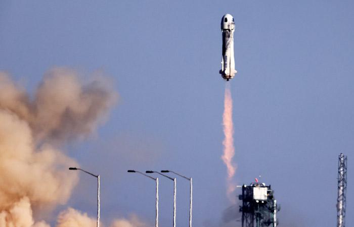 Корабль  Blue Origin с Уильямом Шетнером стартовал в суборбитальный полет