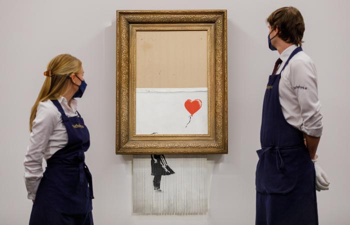 """Картина Бэнкси """"Любовь в мусорном баке"""" ушла с молотка за $25,4 млн"""