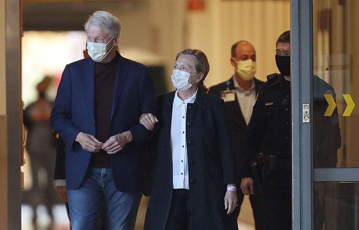 Билла Клинтона выписали из больницы в США