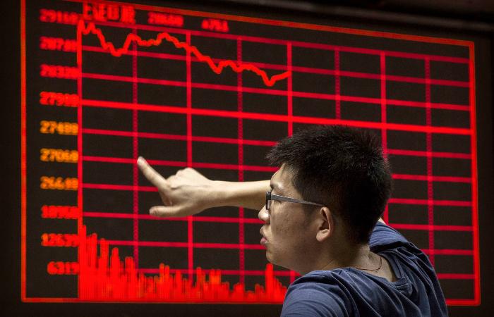 Рост ВВП Китая в III квартале замедлился до минимальных за год 4,9%