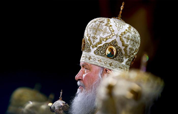 Патриарх Кирилл заявил, что интернет может перечеркнуть все, что дает школа