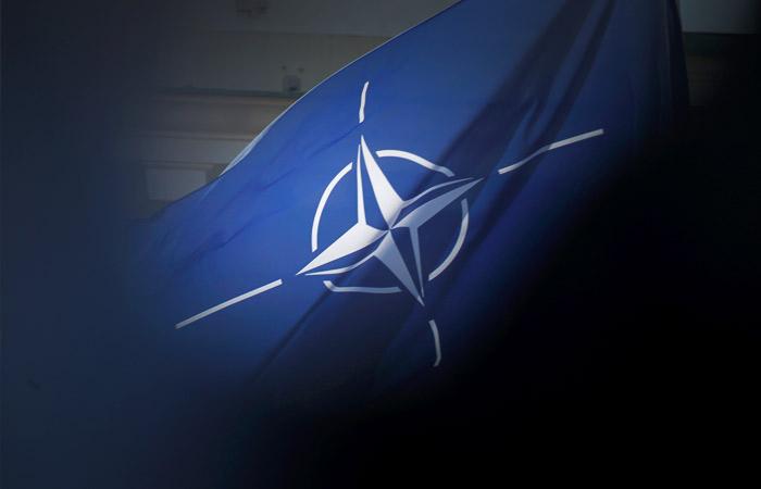 Россия приостанавливает работу своего постпредства при НАТО