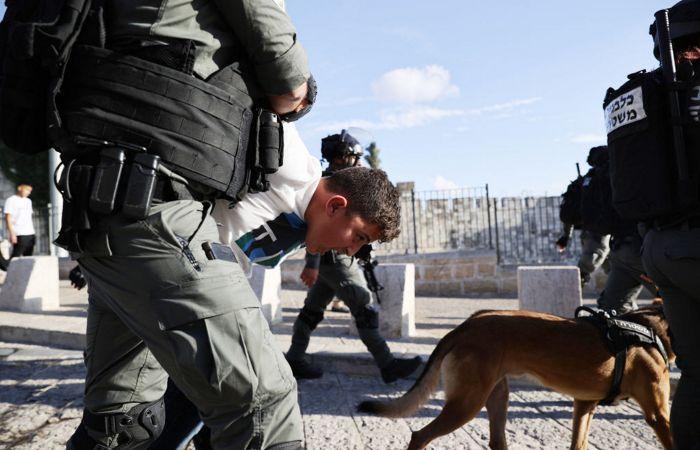 Более 20 палестинцев арестованы после столкновений с полицией Израиля в Иерусалиме