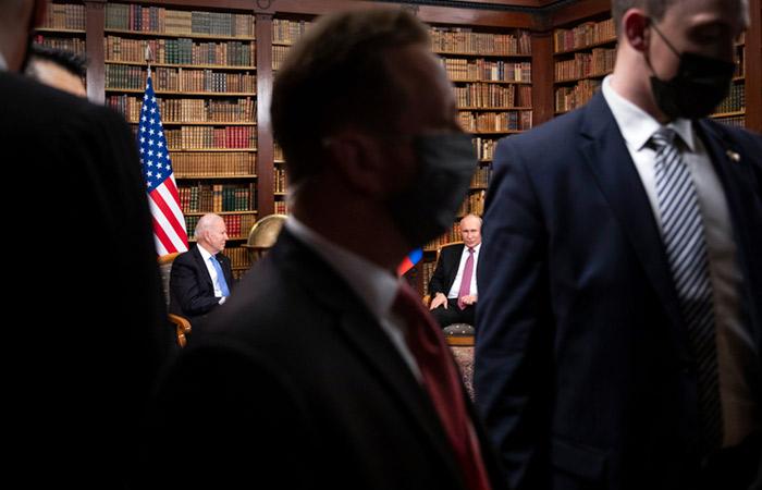 Песков заявил, что встреча Путина с Байденом в этом году вполне реальна