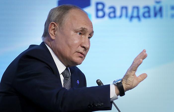"""Путин согласился, что """"размытые критерии"""" закона об иноагентах нужно еще раз проверить"""