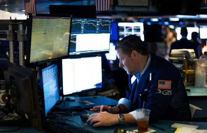 S&P 500 завершил торги с историческим рекордом, Dow Jones слабо снизился