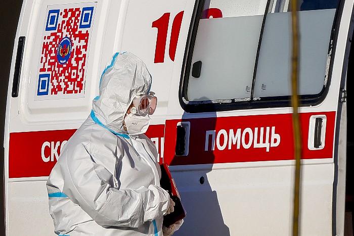 В России вновь обновлен суточный рекорд по COVID-заражениям